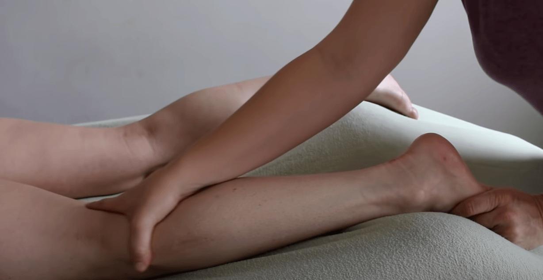 calf massage treatment for leg